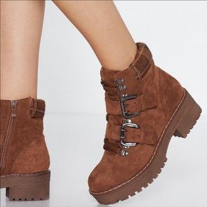 NEW Brown Buckle Chunky Heel Boots Shoes 6 1/2